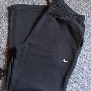 90b21aaf03c5 Nike Tech Fleece Jogger Pants varsity red. M 5ac11d10a44dbe000d13e251.  Other Pants you may like. GUC men s Nike black sweatpants Sz 3X relaxed fit